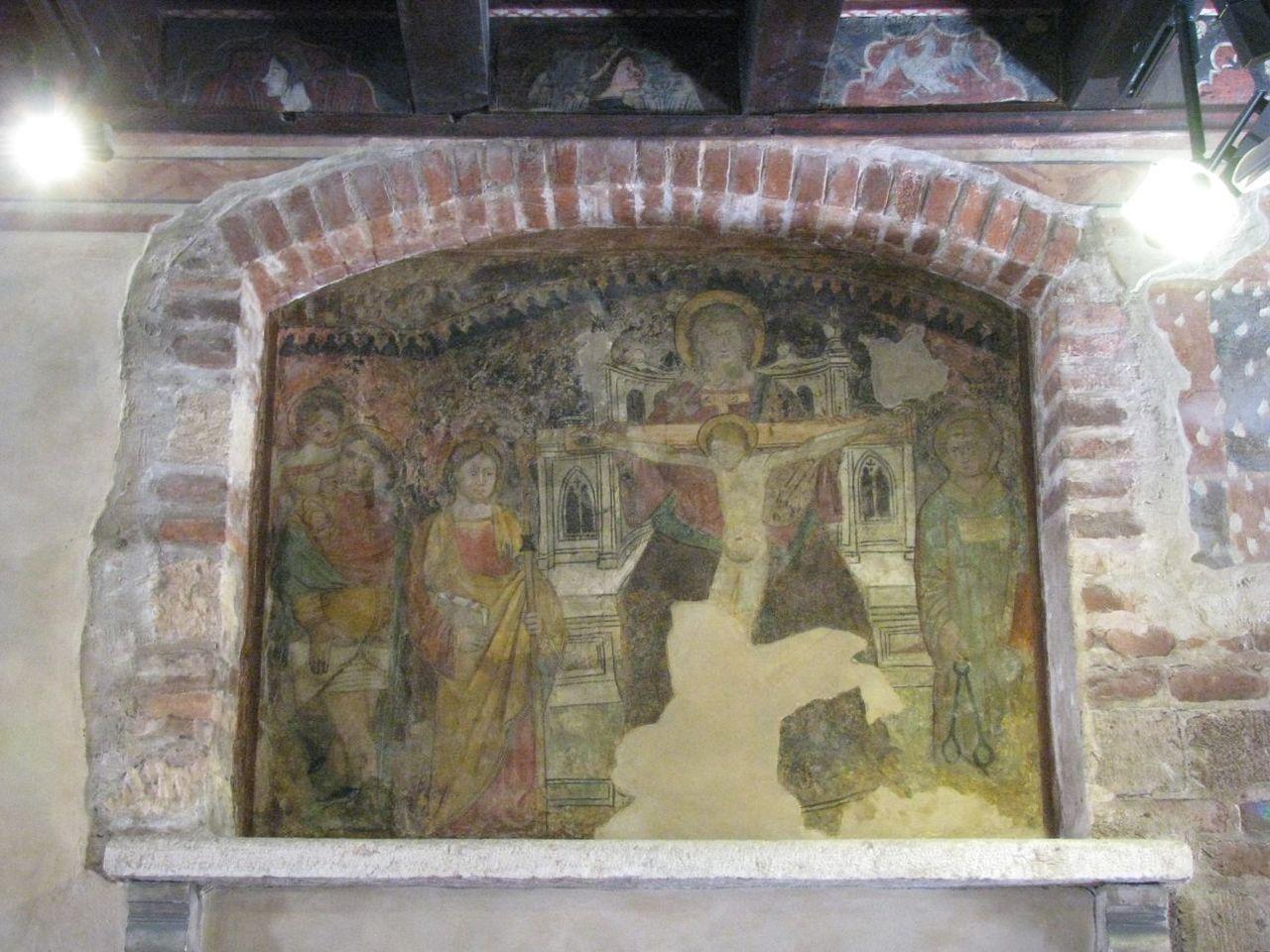 Одна из фресок, украшающих дом