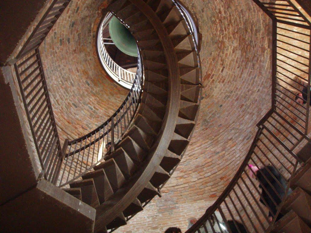 Башня Ламберти