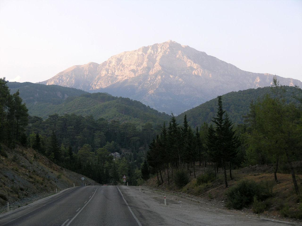 Гора Тахталы, Кемер