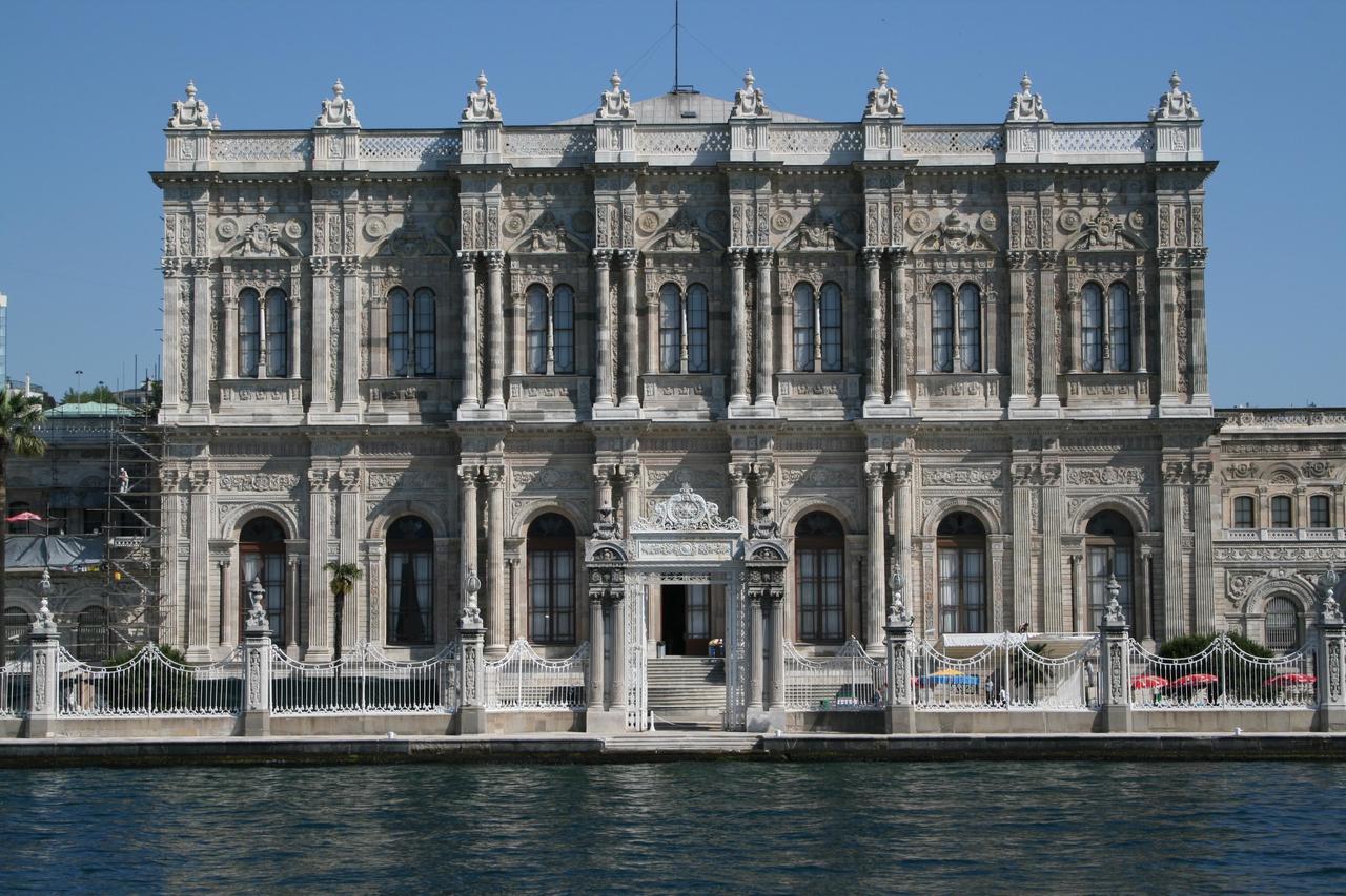 Дворец Долмабахче, Стамбул
