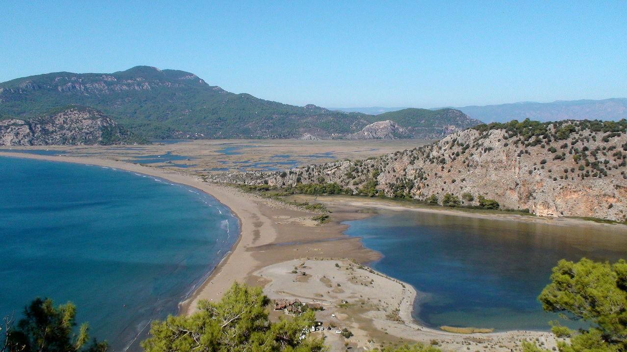 Черепаший берег Изтузу