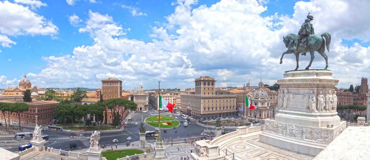 Площадь Венеции (Пьяцца Венеция)