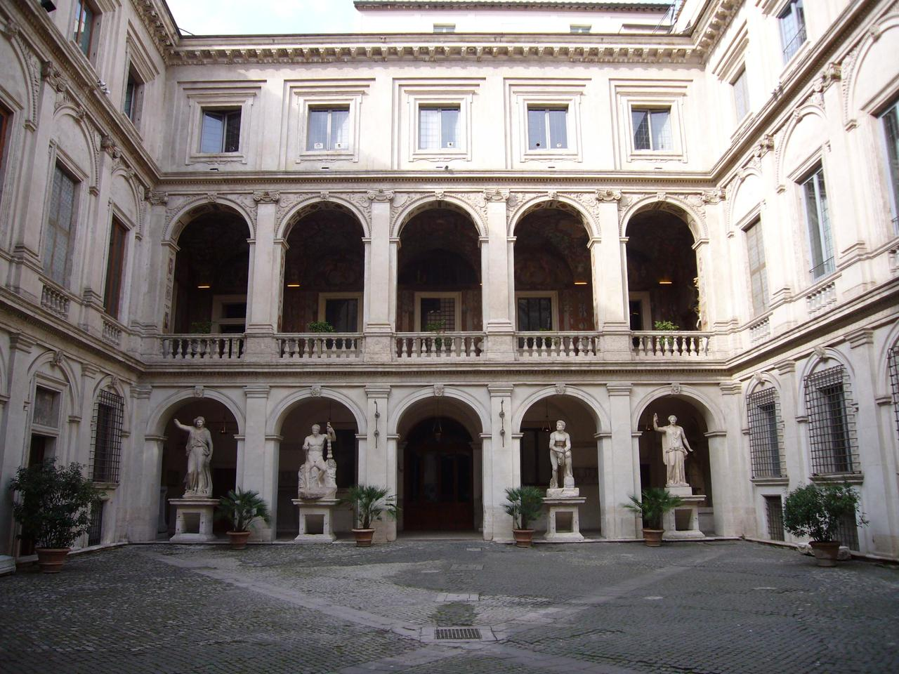 Палаццо Альтемпс