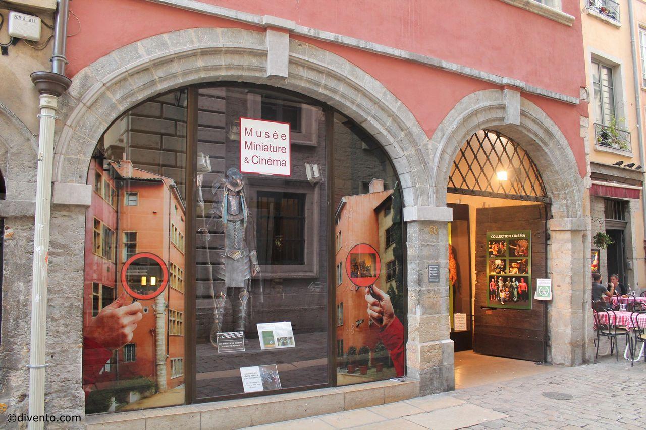 Музей миниатюр и кино, Лион
