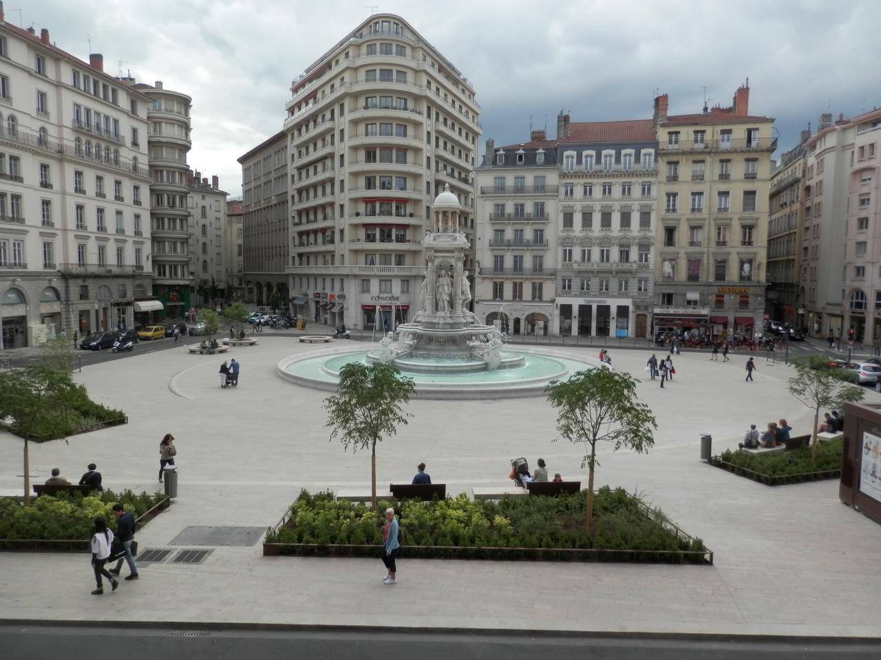 Площадь Якобинцев