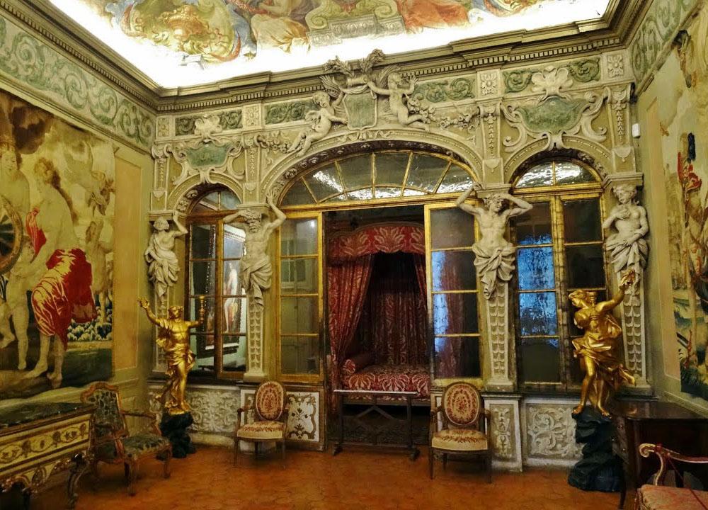 Дворец Ласкари