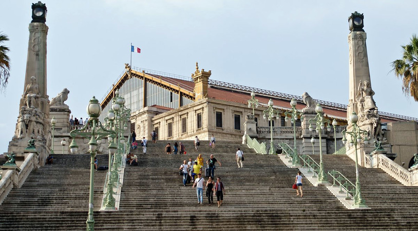 Вокзал Сен-Шарль