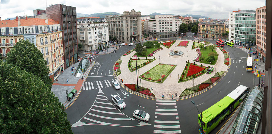 Площадь Мойуа