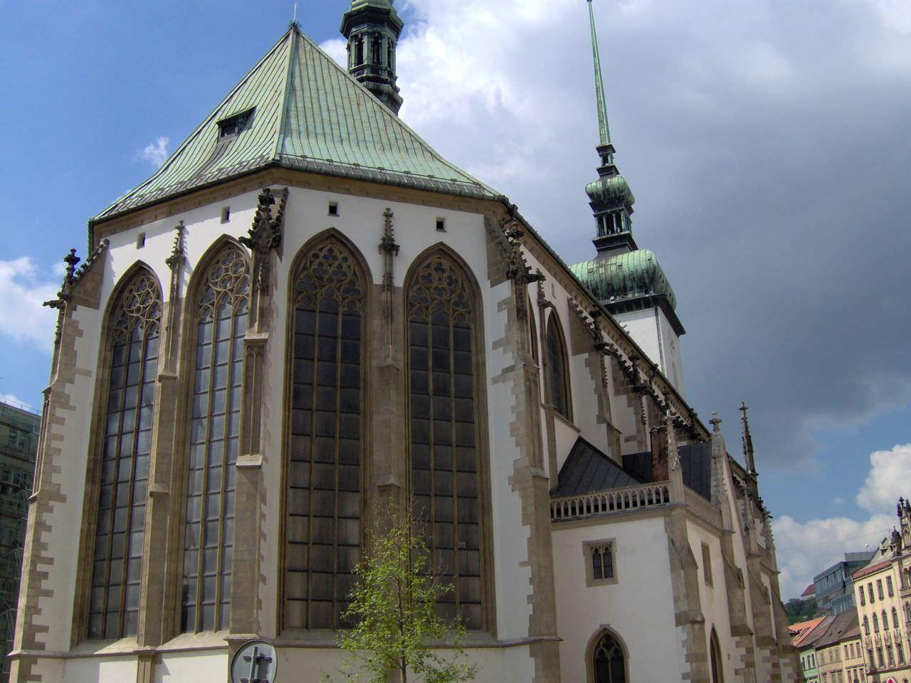 Костел Святого Якуба и Брненский склеп