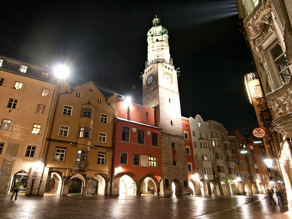 Городская башня, или Ратушная башня, Инсбрук