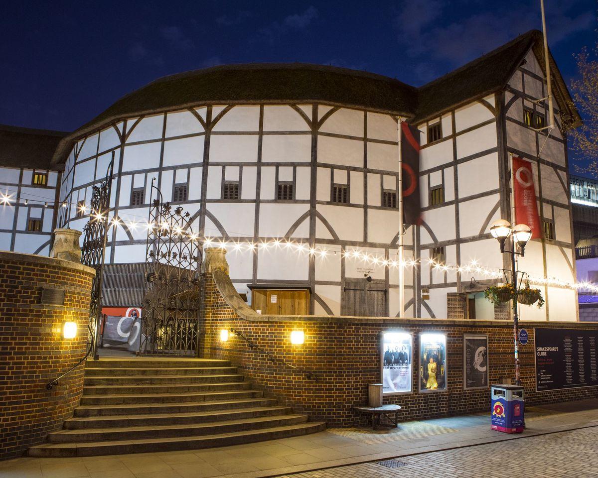 Шекспировский Глобус, Лондон