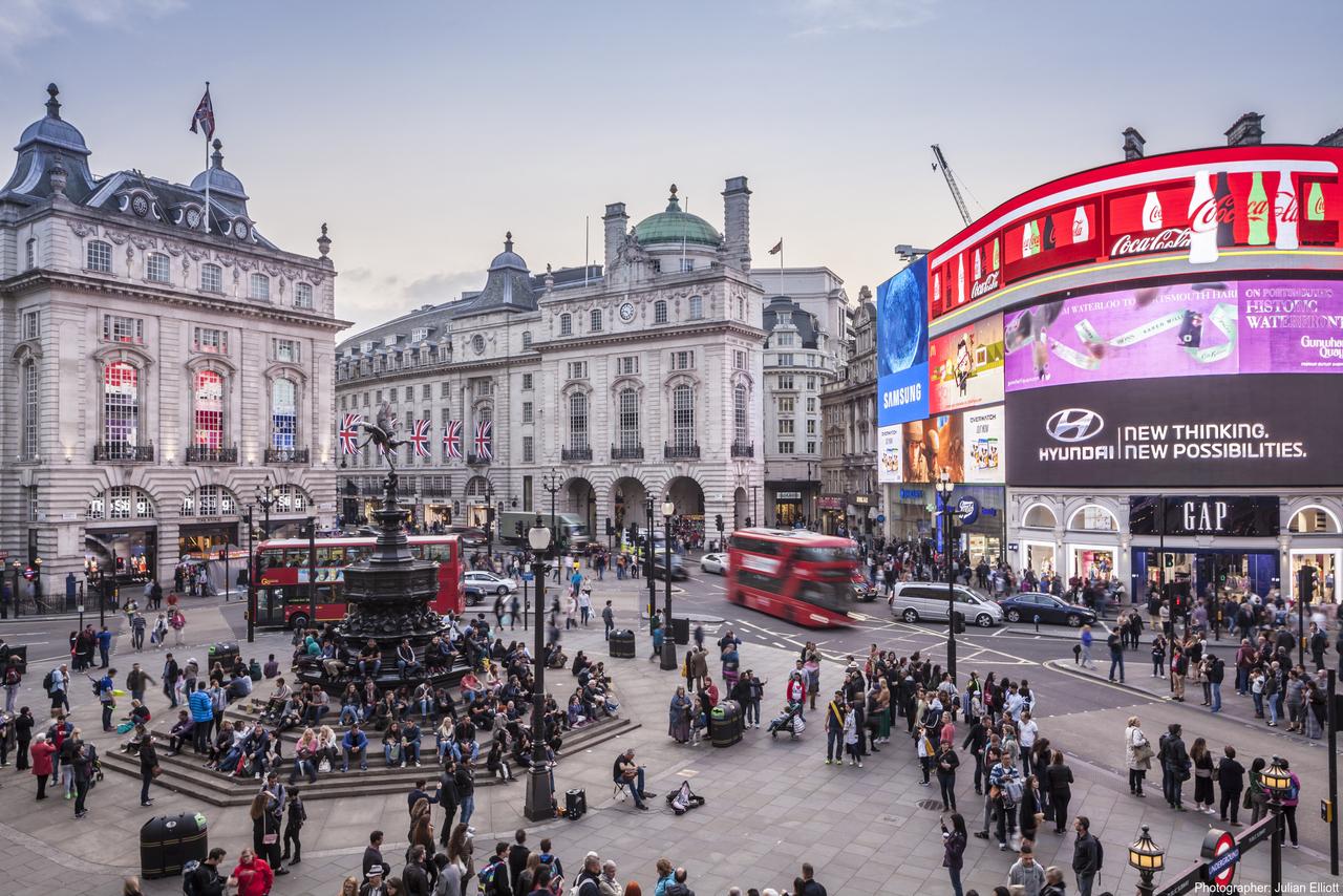 Площадь Пикадилли, Лондон